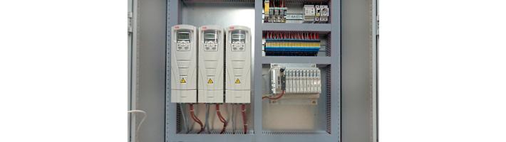 частотный преобразователь ABB ACS550 смонтированный в щите автоматики